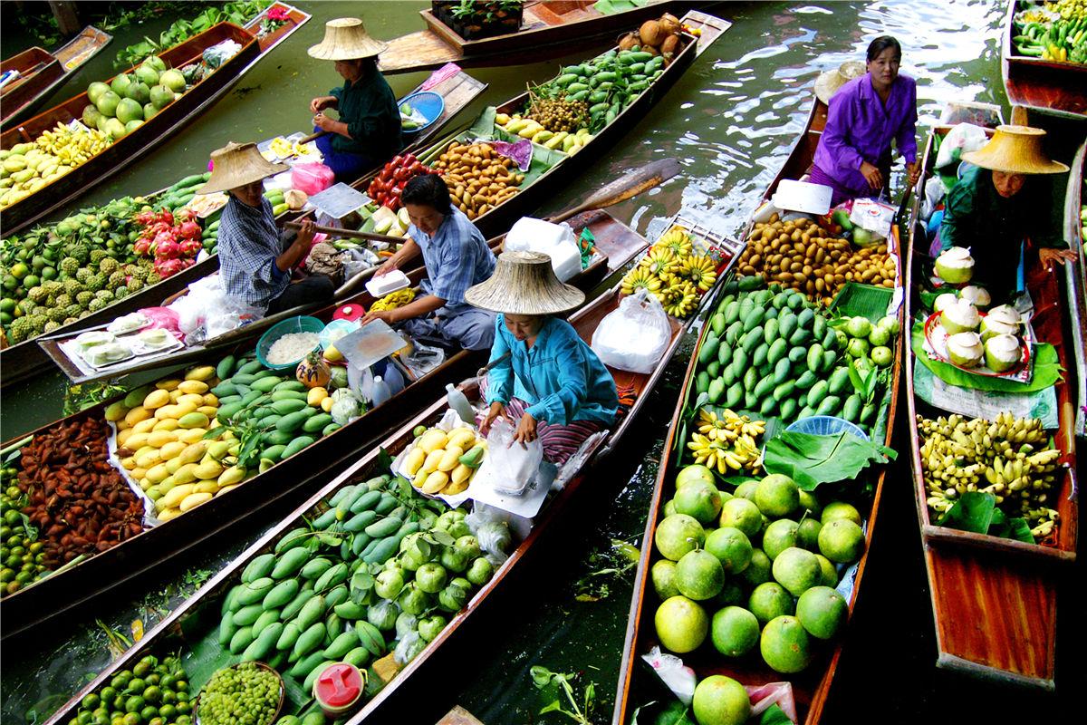 floating markets, floating markets bangkok, floating markets thailand, Chao Phra