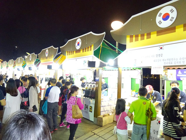 Macau food festival, delicious food, Macau festival 2016, food festival 2016, food and entertainment, food carnival, Sai Wan square, macau tower
