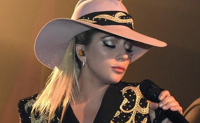 Lady Gaga Facebook,Lady Gaga Super Bowl Show Tonight,Stream Lady Gaga's Dive Bar Show,Lady Gaga Dive Bar Tour live 2016,Lady Gaga Dive Bar Tour link,Lady gaga dive bar tour location,Million reasons lady gaga dive bar tour,Dive Bar Tour Joanne Tonight