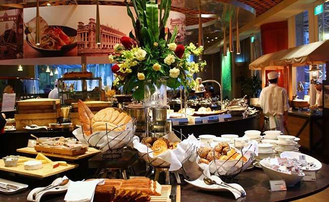 Fullerton Hotel Town Restaurant Dinner Buffet Price