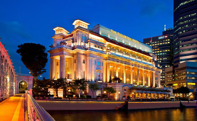 The Fullerton Hotel Singapore Transportation Guide, How to Get to The Fullerton Hotel, The Fullerton Hotel traffic info, The Fullerton Hotel traffic guide, The Fullerton Hotel traffic tips, Get to The Fullerton Hotel by metro, Fullerton Hotel shuttle info, How to get to The Fullerton Hotel Singapore, How to go to The Fullerton Hotel, The Fullerton Hotel transportation, The Fullerton Hotel transportation tips, The Fullerton Hotel transportation info, Publice transportation to The Fullerton Hotel, The Fullerton Hotel nearest MRT, Get to The Fullerton Hotel by bus, The Fullerton Hotel complimentary shuttle service, Free Shuttle to The Fullerton Hotel, Complimentary shuttle to The Fullerton Hotel, The Fullerton Hotel complimentary shuttle timetable, The Fullerton Hotel free shuttle timetable, The Fullerton Hotel free shuttle service, Get to The Fullerton Hotel from Changi International Airport