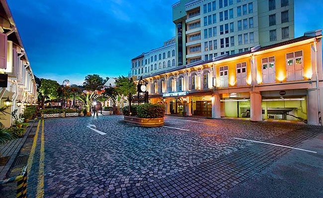 Village Hotel Bugis Singapore FAQS, Village Hotel Bugis room facility FAQS, How to get to Village Hotel Bugis Singapore, Village Hotel Bugis The Landmark buffet booking FAQS, What payment card does Village Hotel Bugis accept, Village Hotel Bugis dining Q&A, How many facilities does Village Hotel Bugis have, How to get to Village Hotel Bugis, Village Hotel Bugis traffic Q&A, How to book a room from Village Hotel Bugis, How to book Village Hotel Bugis dinner buffet online, What is Village Hotel Bugis The landmark buffet menu