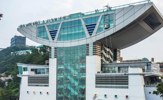 Peak Tower Hong Kong VS Canton Tower Guangzhou