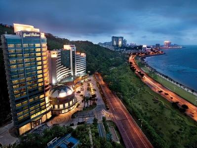 Grand Bay View Hotel