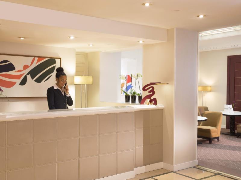 Hotel Duminy Vendome France Q&A 2017