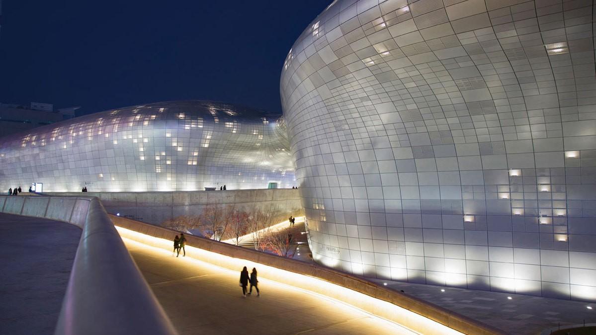 Dongdaemun Design Plaza In Seoul South Korea C Grant Faint Offset Hong Kong Story Hulutrip