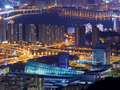 Busan, South Korea (© I Dream Stock/agefotostock)