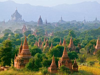 Temples of Bagan in Myanmar (© Keren Su/Corbis)